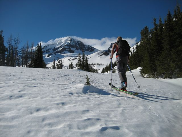 Spent a sunny central Oregon day skiing the Middle Sister with my good bud from Bend, Kevin Grove.